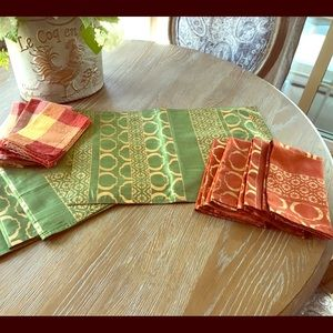 🍂🍂🍂PIER 1 PLACEMATS AND NAPKINS🍂🍂🍂🍂🍂